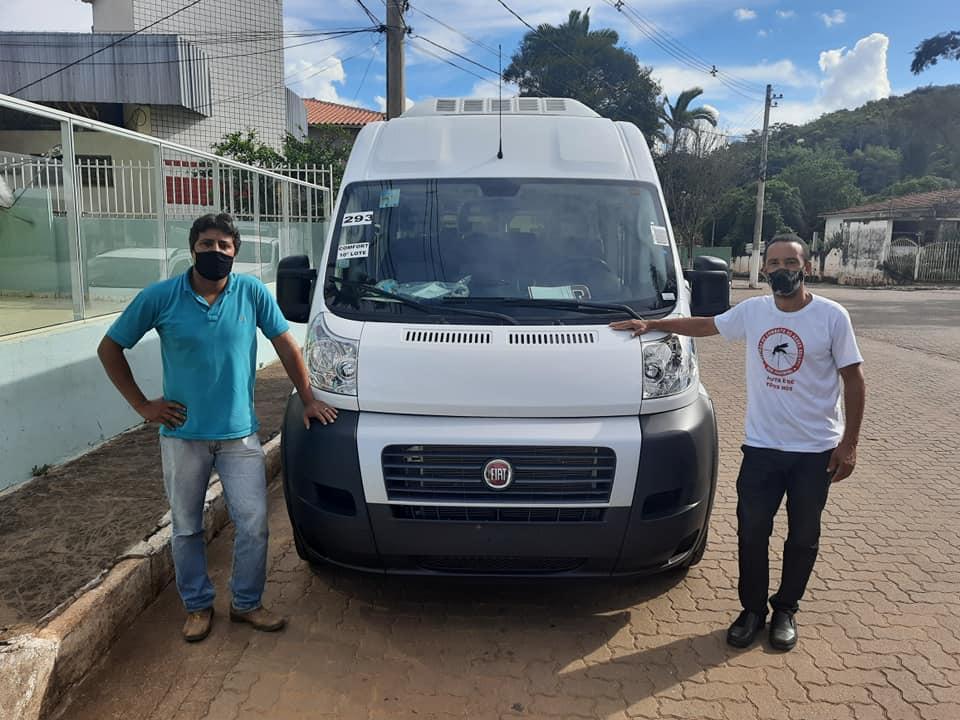 PREFEITURA DE DOM JOAQUIM ADQUIRE NOVA VAN PARA REALIZAR TRANSPORTE DE PACIENTES